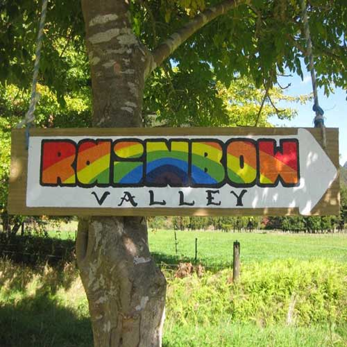 Rainbow Community & Backpacker accommodation, Golden Bay, New Zealand